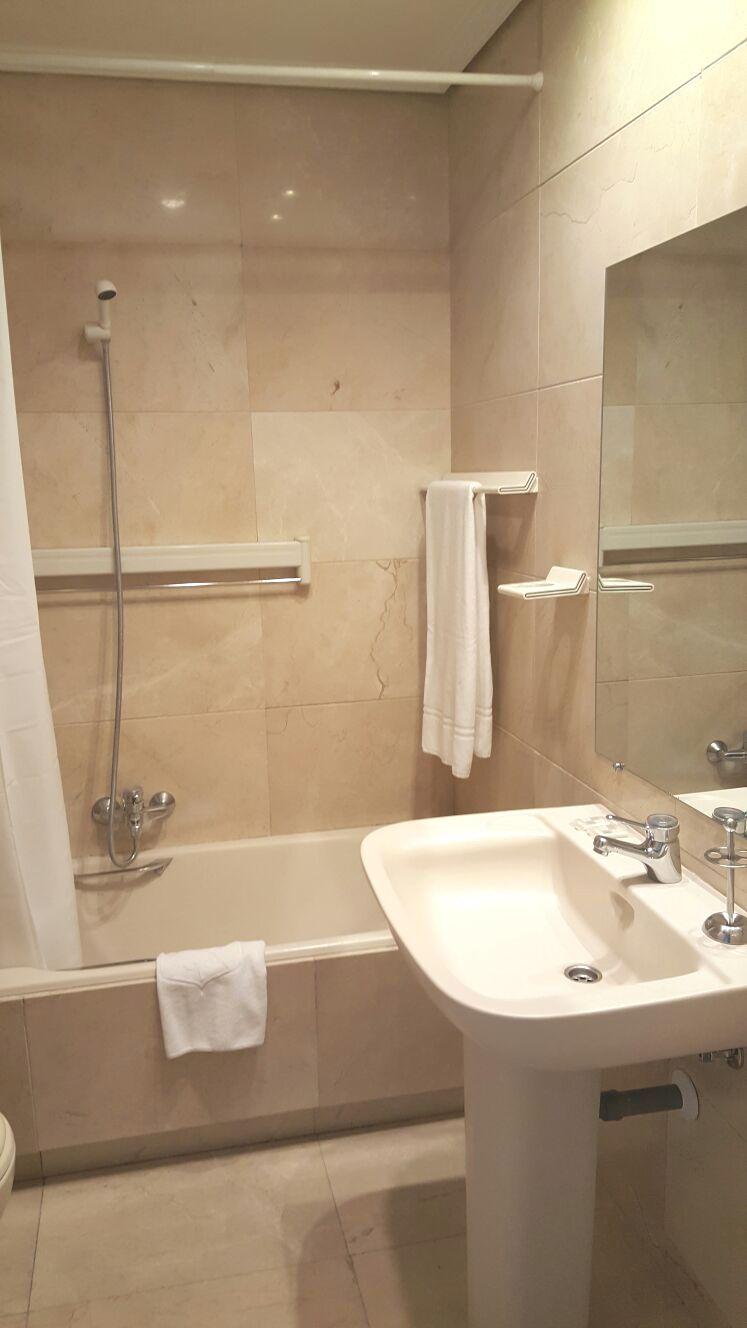 Shower at Claudio Coello 14 Apartments, Recoletos, Madrid