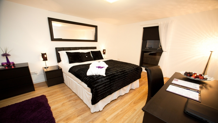 Bedroom at Westport Luxury Serviced Apartments