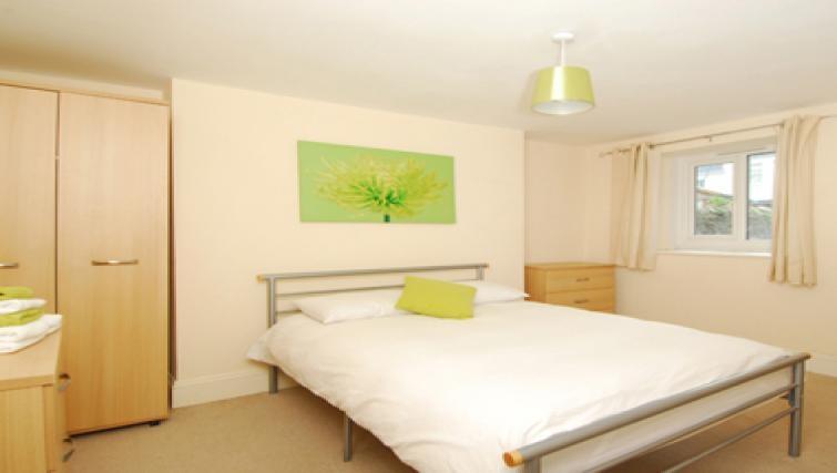 Large bedroom in Belgrave Apartments