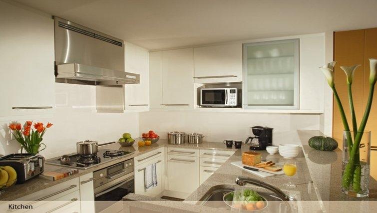 Outstanding kitchen in Oakwood Premier Tokyo Midtown