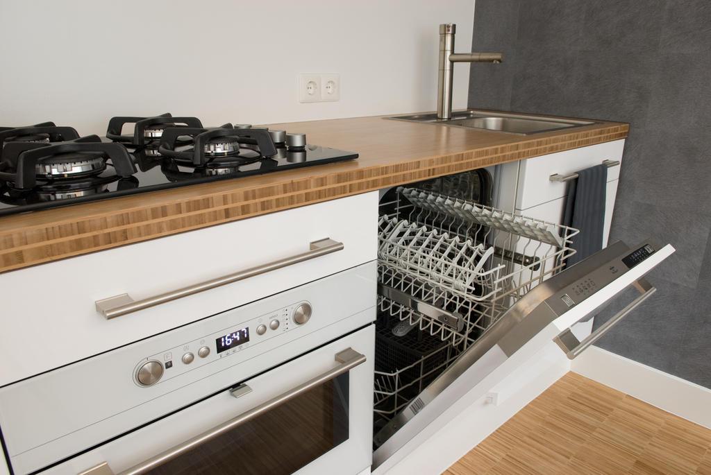 Kitchen at Cocoon Apartment, Centre, Rotterdam