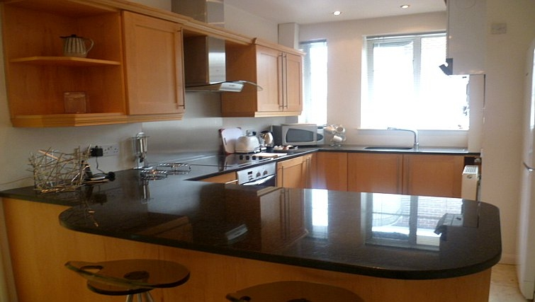 Large kitchen in Moor Court Apartment
