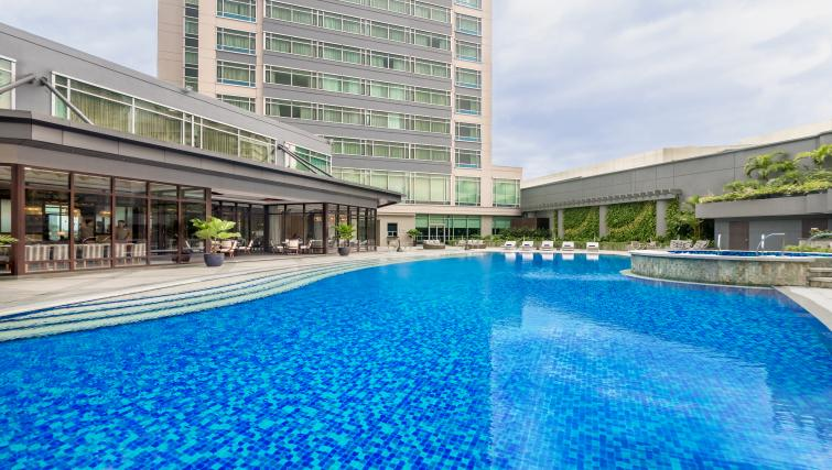 Swimming pool at Michalowskiego Street Apartment