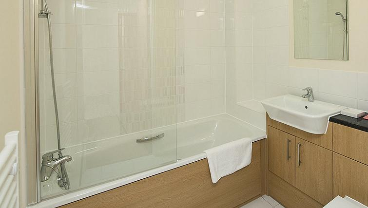 Shimmering bathroom in Equinox Place