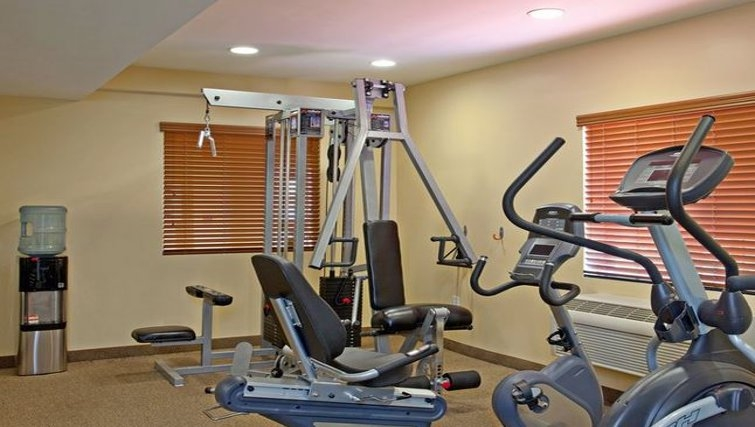 Gym in Candlewood Suites LAX Hawthorne