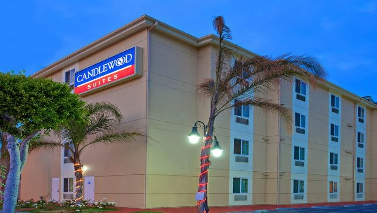 Exterior of Candlewood Suites LAX Hawthorne
