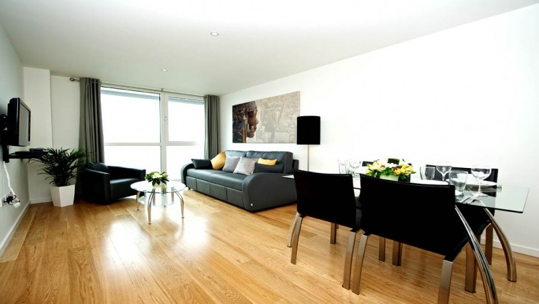 Peaceful living area in Staycity London Heathrow