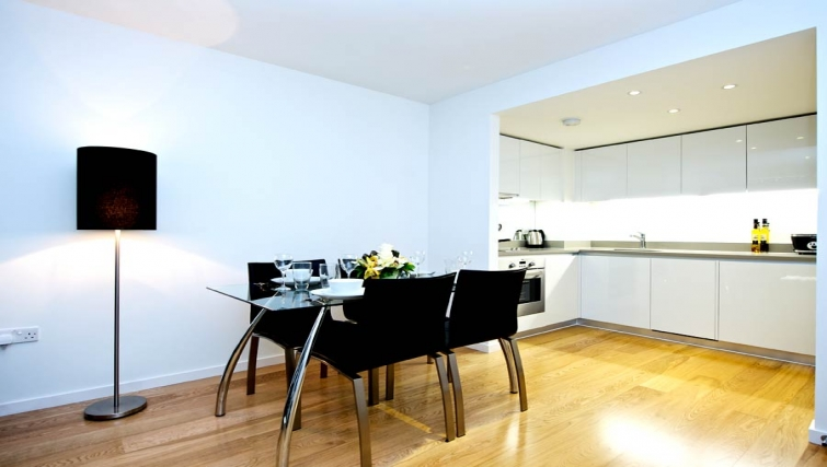 Open plan kitchen in Staycity London Heathrow