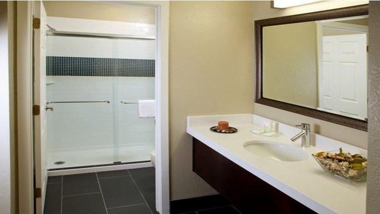 Bathroom in Staybridge Suites Torrance/Redondo Beach