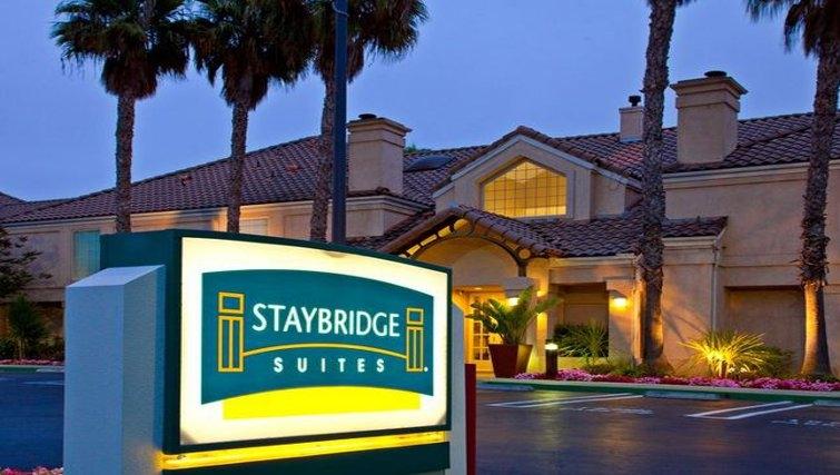 Exterior of Staybridge Suites Torrance/Redondo Beach