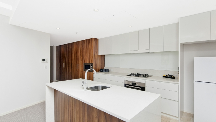 Immaculate kitchen at Astra Apartments Canberra Manhattan