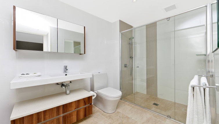 Sensational bathroom at Astra Apartments Canberra Manhattan