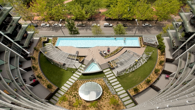 Amazing view of pool at Astra Apartments Canberra Manhattan