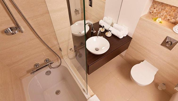 Immaculate bathroom in Platinum Residence