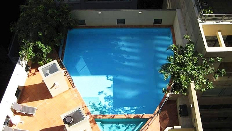 Relaxing pool at Astra Apartments Sydney CBD Aston