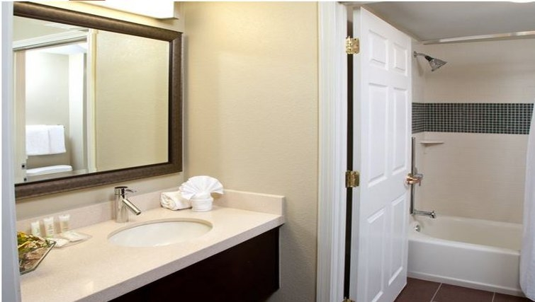 Pristine bathroom in Staybridge Suites Atlanta Perimeter Ctr