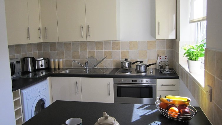 Equipped kitchen in Loris Court
