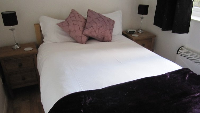 Cosy bedroom in Loris Court