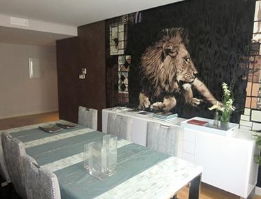 Dining table at Barrio Salamanca Apartment