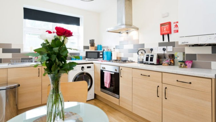 Bright kitchen in Hayes Apartments
