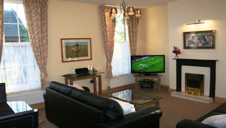 Desirable living area in Holly House Apartments