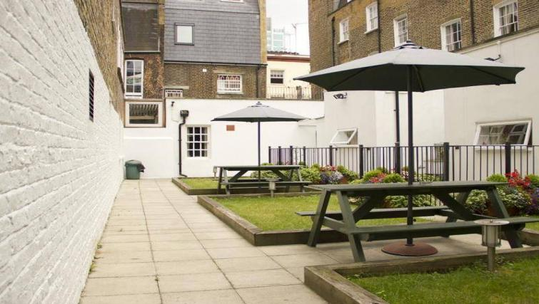 Communal gardens at North Gower Apartments