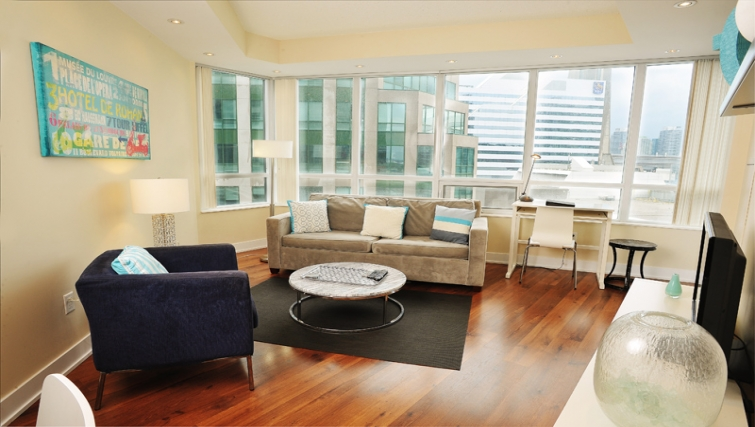 Stylish living area in 20 Blue Jays Way