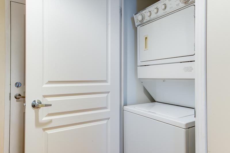 Bright bathroom in 140 Simcoe Apartments