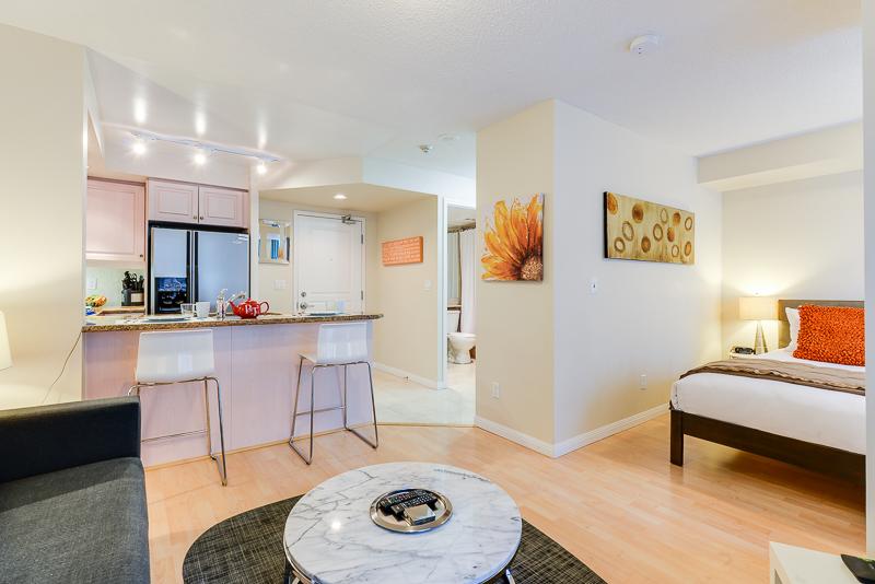 140 Simcoe Apartments, Centre, Toronto