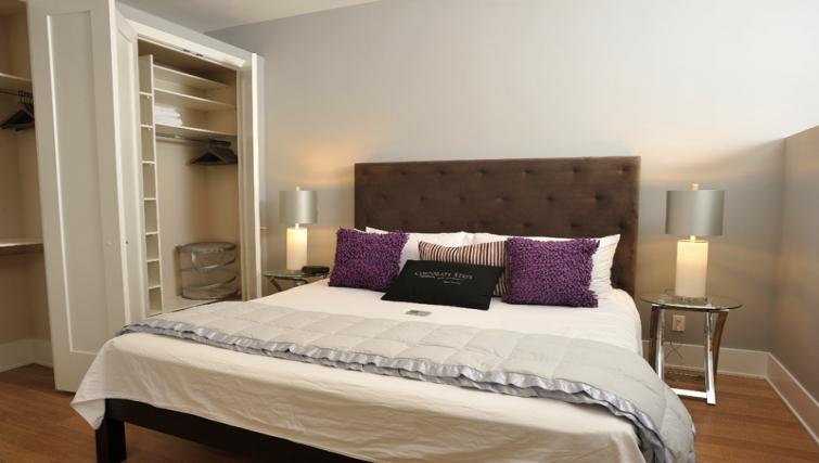 Desirable bedroom in 120 Homewood Apartments