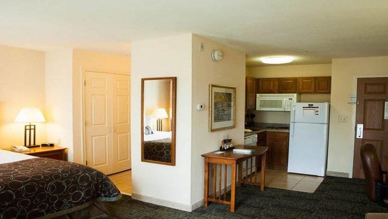 Multifunctional living area in Staybridge Suites Houston West