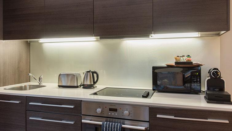 Kitchen at Premier Suites Plus Cabot Circus