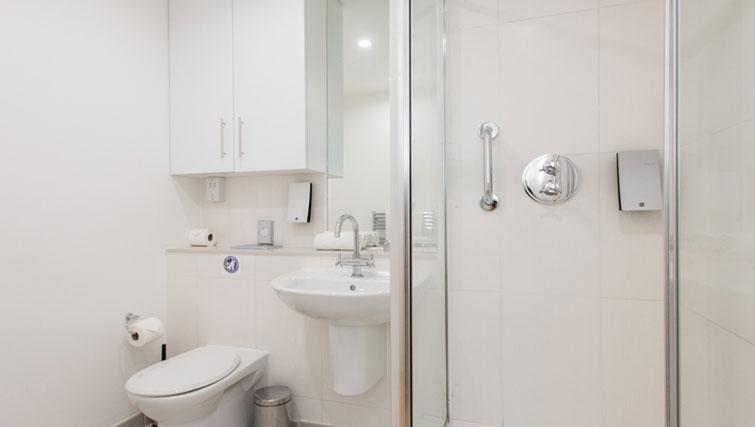 Pristine bathroom in Premier Suites Plus Cabot Circus