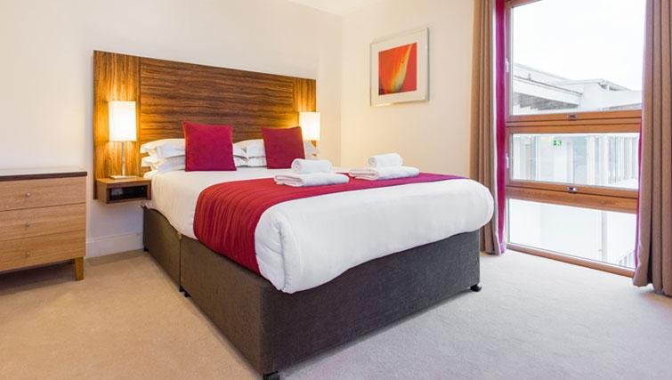 Attractive bedroom in Premier Suites Plus Cabot Circus Apartments