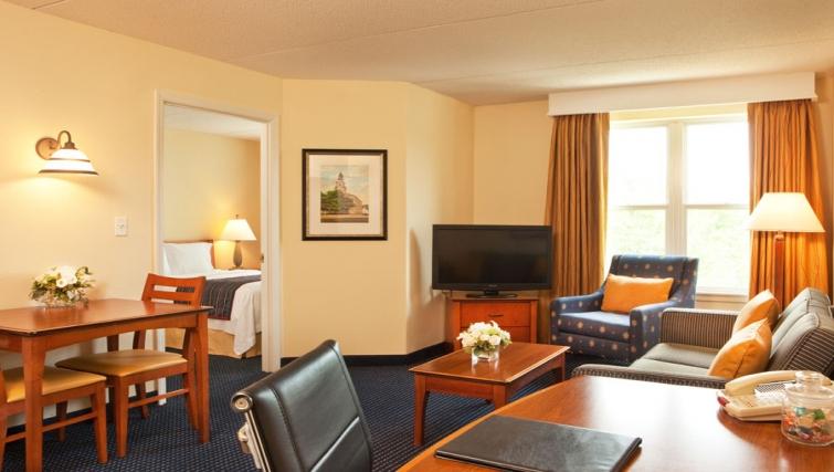 Bright living area in Residence Inn Boston Woburn