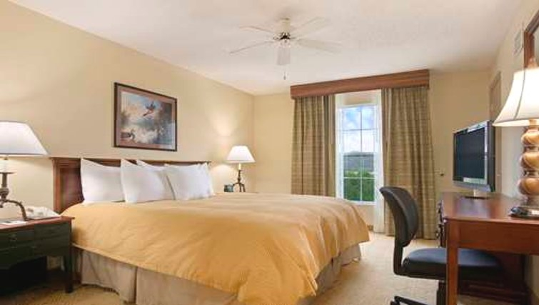 Comfortable bedroom in Homewood Suites Philadelphia Great Valley