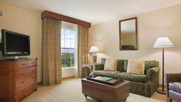 Delightful living area in Homewood Suites Philadelphia Great Valley