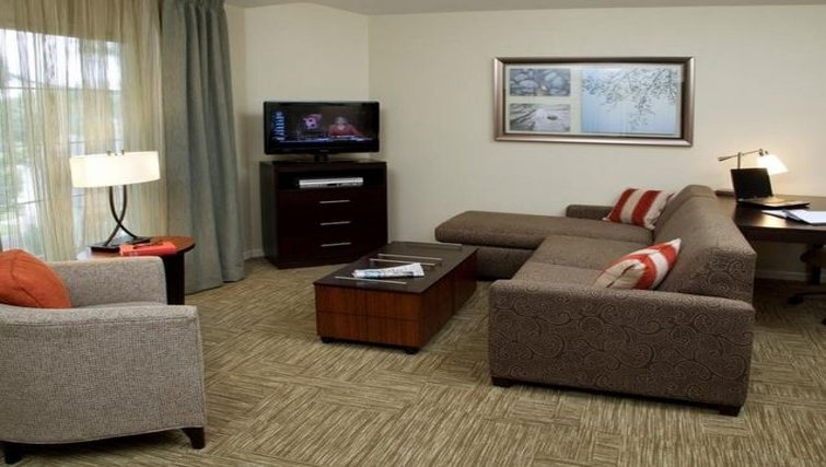 Attractive living area in Staybridge Suites San Francisco Airport (San Bruno)