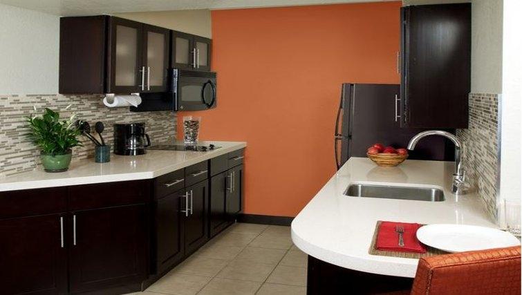 Gorgeous kitchen in Staybridge Suites Sunnyvale