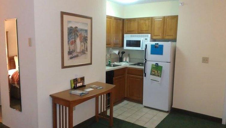 Practical kitchen in Staybridge Suites Miami/Doral Area