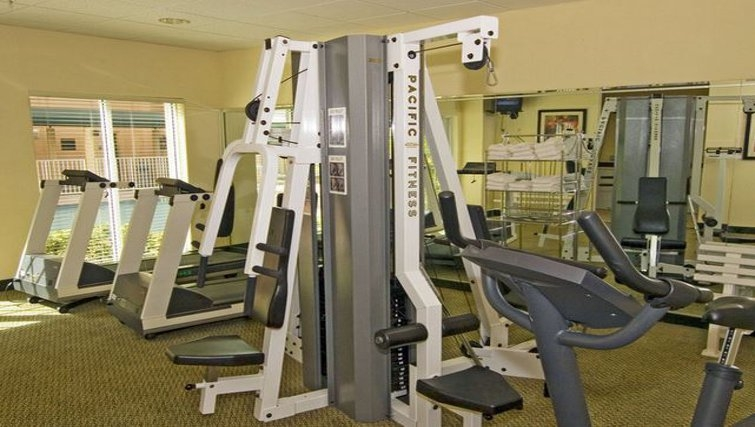 Equipped gym in Staybridge Suites Miami/Doral Area