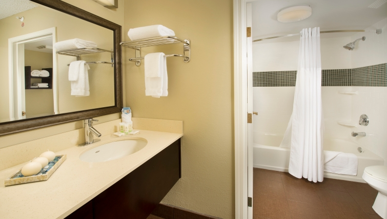 Pristine bathroom in Staybridge Suites Miami/Doral Area