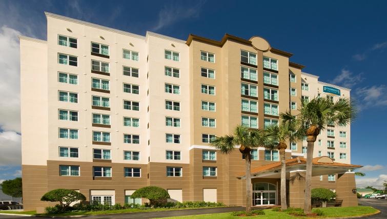 Grand exterior of Staybridge Suites Miami/Doral Area