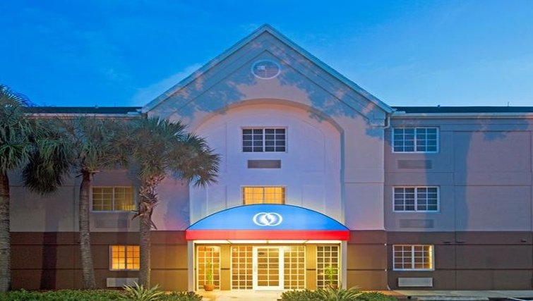 Welcoming exterior of Candlewood Suites Miami Airport West