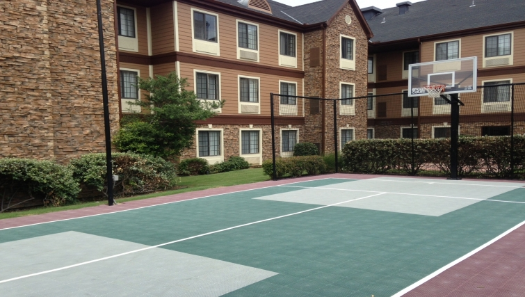 Fantastic sports court in Staybridge Suites Dallas-Las Colinas