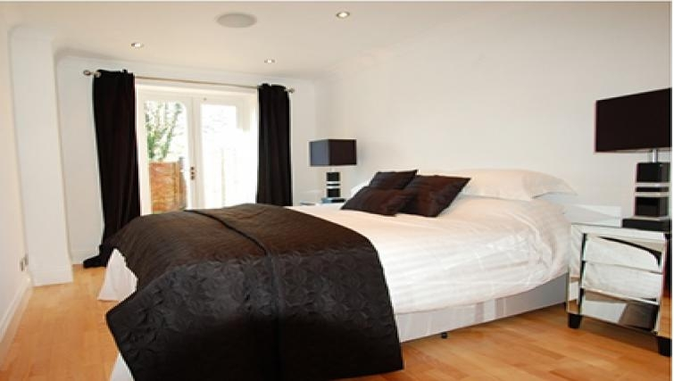 Elegant bedroom in Sele Mill Apartments
