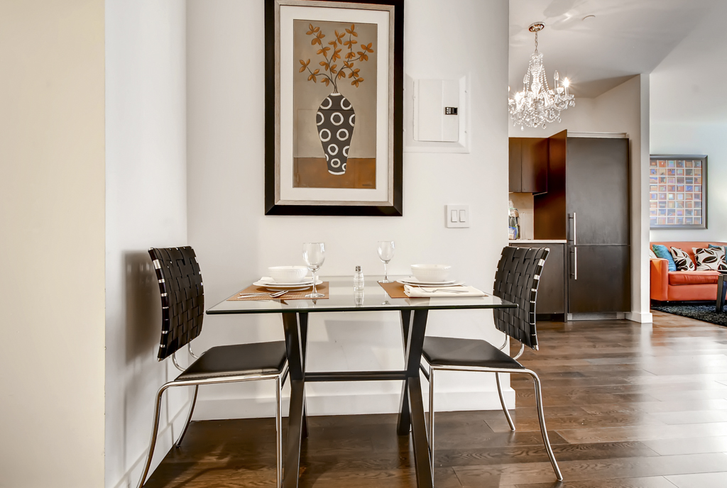 Dining seats at 95 Wall Apartments, Financial District, Manhattan