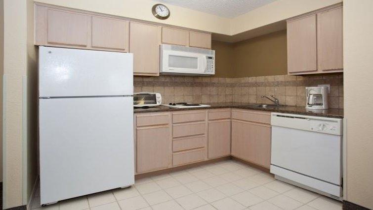 Ideal kitchen in Staybridge Suites Denver CO Tech