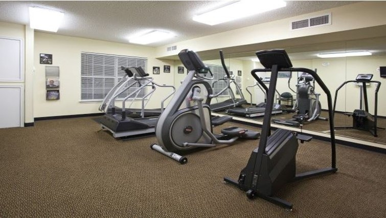Equipped gym in Staybridge Suites Denver CO Tech
