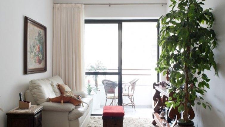 Cosy living area in Fiandeiras Apartment